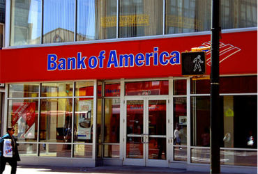 Bank of America corta 30 mil lugares