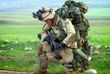 Soldado envolvido num cenário de guerra lidera obviamente a lista das profissões mais stressantes
