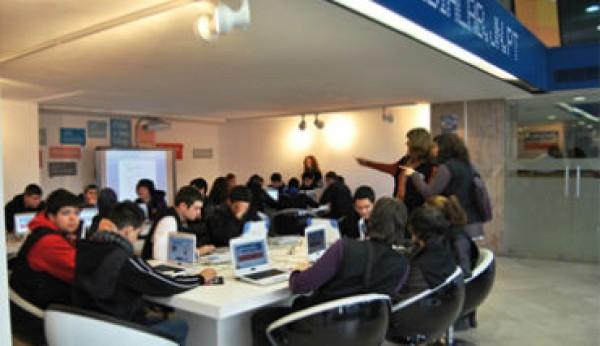 Escola Ruiz Costa ganha estatuto de PME Líder