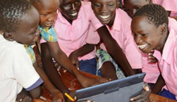 """Vodafone lança o """"Instant Schools For Africa"""""""