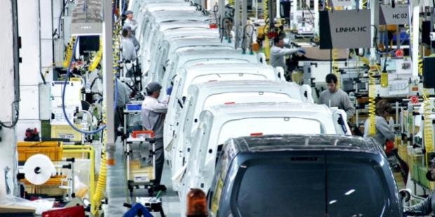 Peugeot-Citroën vai contratar até 300 pessoas em Portugal