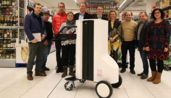 Robô português gere reabastecimento de supermercados