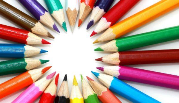 A importância das cores no vestuário profissional