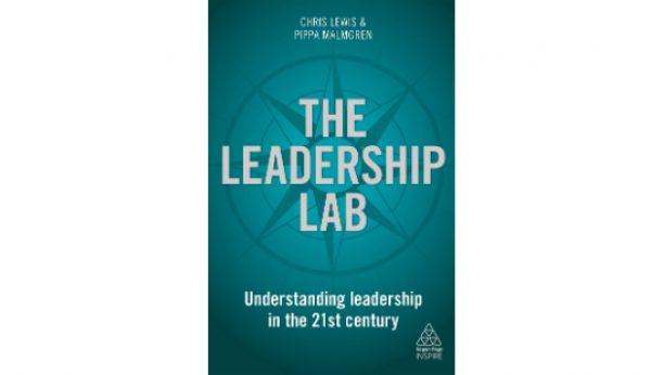 Ex-conselheira da Casa Branca assina livro sobre liderança