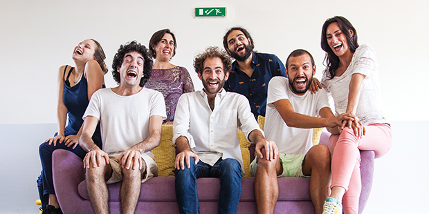 Reconhecer o valor das pessoas através do humor