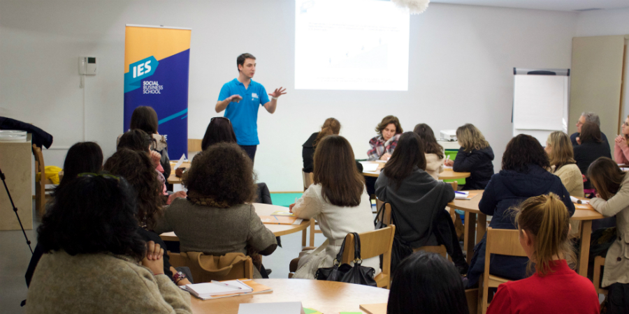A primeira escola de negócios sociais em Portugal faz 10 anos e apresenta nova imagem