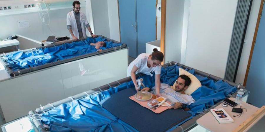 Ser pago para estar dentro de uma banheira? A Agência Espacial Europeia está à procura de voluntários